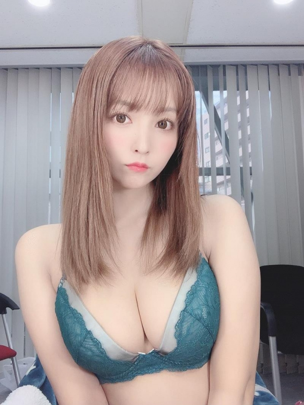 三上悠亜が超カワいい●●ちゃんに変身!!エロ画像40枚のa15枚目