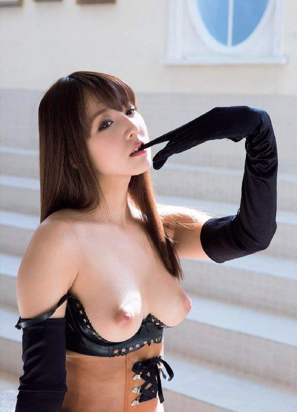 三上悠亜 エロかわいいコスプレヌード画像70枚の34枚目