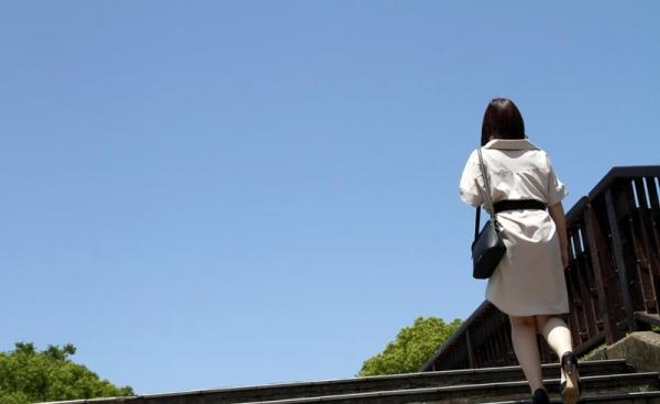 皆瀬杏樹 色白美肌の三十路巨乳妻エロ画像100枚の012.jpg