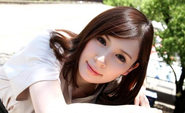 皆瀬杏樹 色白美肌の三十路巨乳妻エロ画像100枚の014.jpg