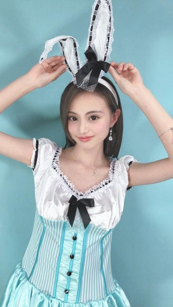 三咲美憂(みさきみゆう) クールな美貌の細身巨乳美女エロ画像39枚のa07.jpg
