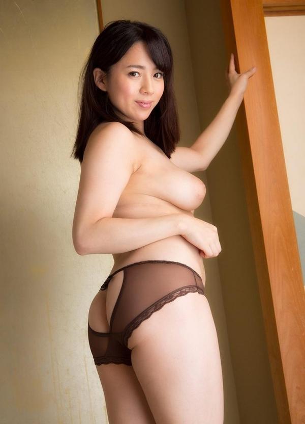 三島奈津子 美熟女ヌード画像100枚の097枚目