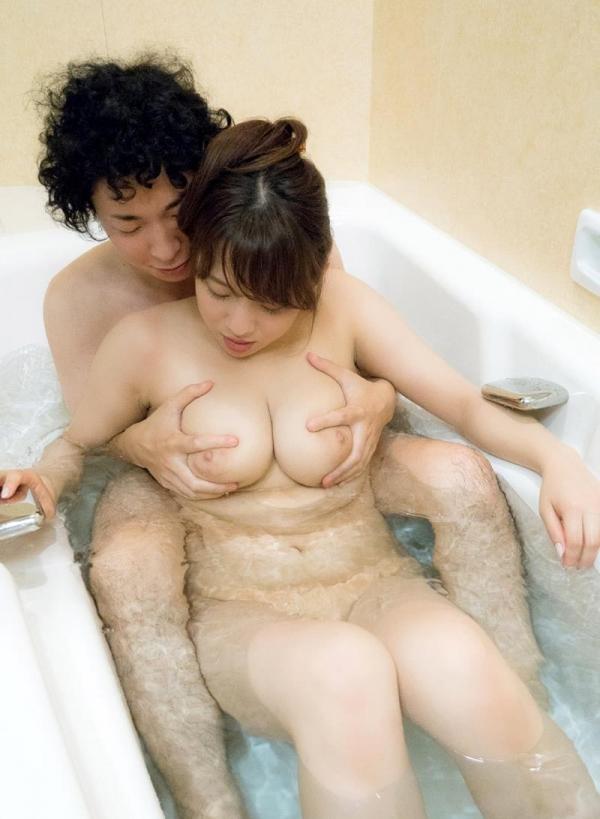三島奈津子 中高年好みの色白巨乳ムッチリ熟女エロ画像41枚のb13枚目