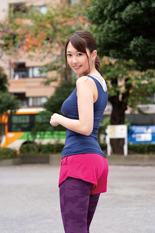 三田杏 スレンダー美巨乳で美脚な美女エロ画像80枚のb002枚目