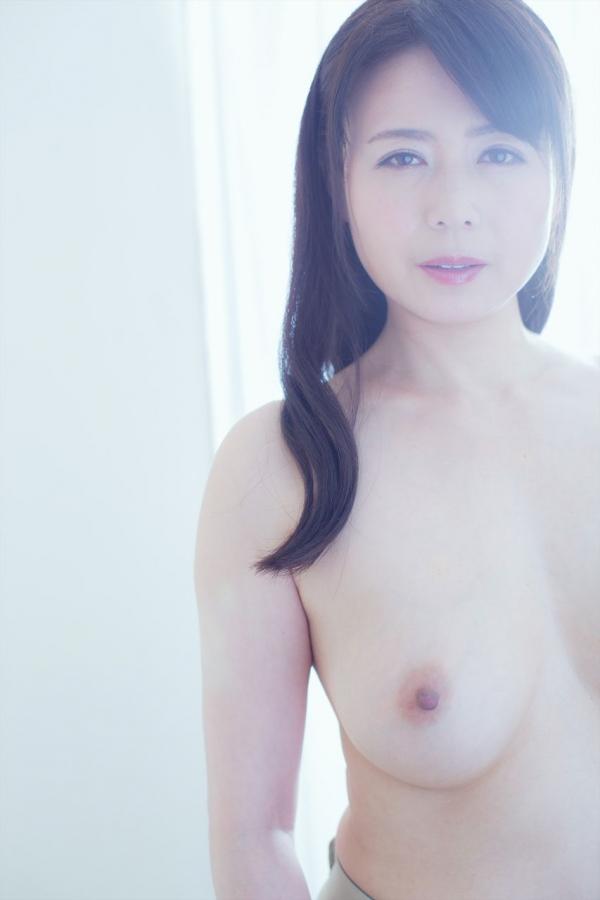 三浦恵理子(みうらえりこ)四十路の美熟女エロ画像60枚の05枚目