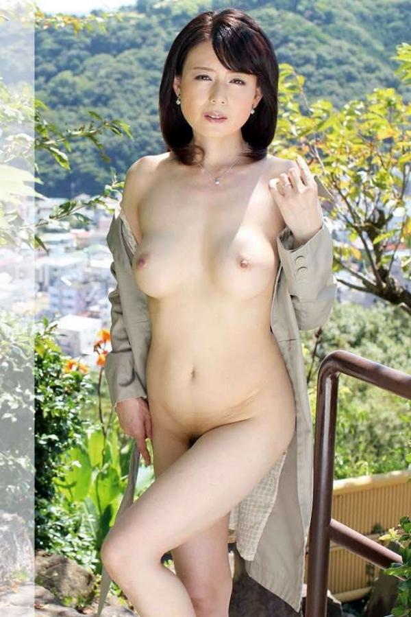 三浦恵理子(みうらえりこ)四十路の美熟女エロ画像60枚の09枚目