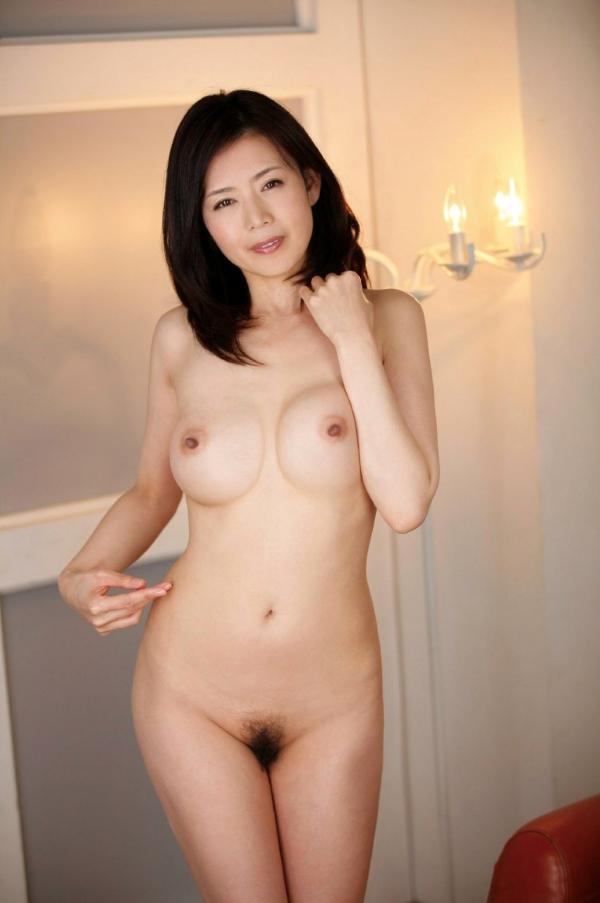 三浦恵理子(みうらえりこ)四十路の美熟女エロ画像60枚の42枚目