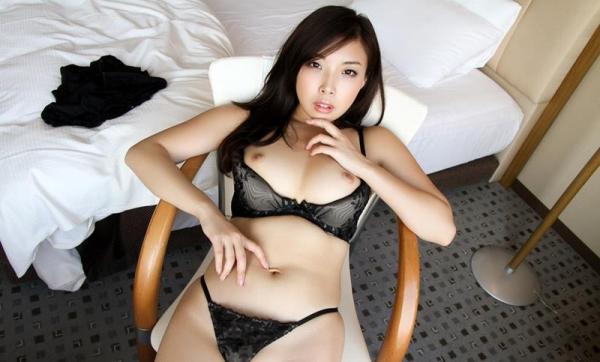 宮川ありさ(篠田れいこ)三十路の白乳美女エロ画像90枚の038枚目