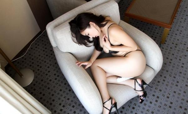 宮川ありさ(篠田れいこ)三十路の白乳美女エロ画像90枚の044枚目