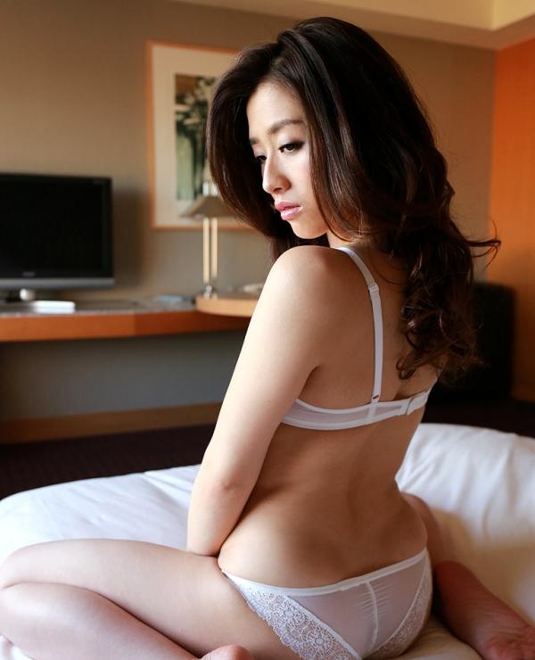 宮下華奈(北山沙羅 )華奢で美微乳の若妻エロ画像90枚の014枚目