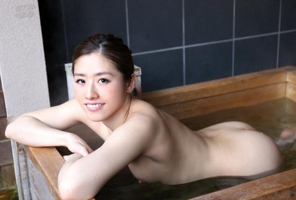 宮下華奈(北山沙羅 )華奢で美微乳の若妻エロ画像90枚の069枚目