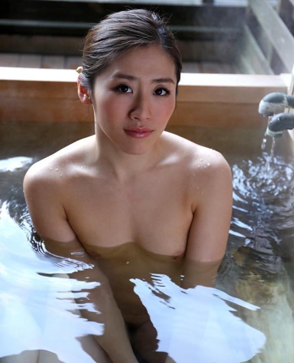 宮下華奈(北山沙羅 )華奢で美微乳の若妻エロ画像90枚の070枚目