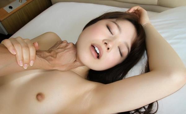色白柔肌の美少女宮沢ちはるハメ撮り画像100枚の078枚目