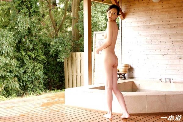 色気をプンプン醸し出す人妻 水原梨花が不倫温泉旅行 エロ画像26枚の06枚目