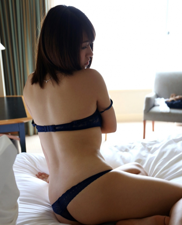 水原さな(西野梨紗)不倫する若妻のエロ画像57枚のa014枚目