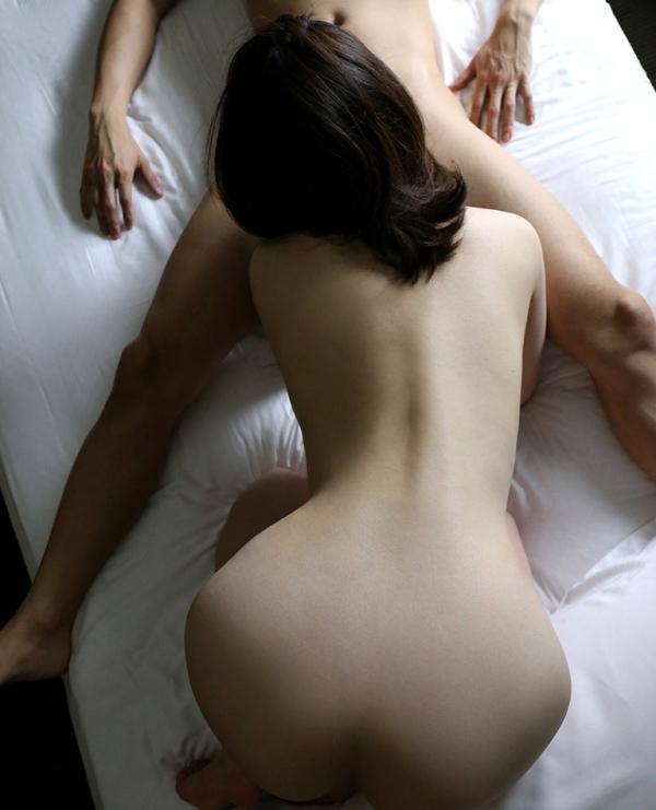 水川かえで(国生麻里)美巨乳な人妻のエロ画像55枚のa016枚目