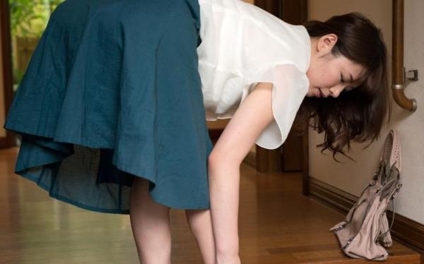巨乳のヤリマン主婦、人妻水城奈緒ハメ撮り画像80枚の18枚目