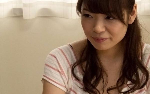 巨乳で淫乱な人妻 水城奈緒のハメ撮り画像62枚の005枚目