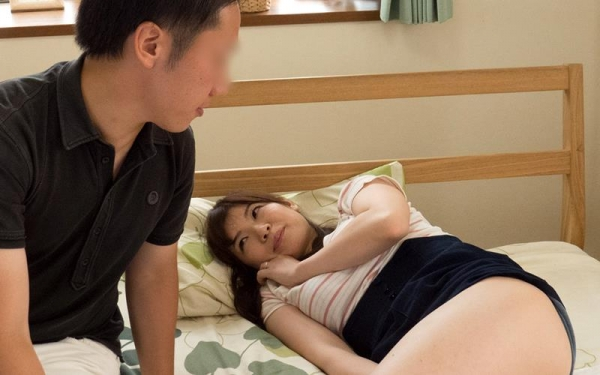 巨乳で淫乱な人妻 水城奈緒のハメ撮り画像62枚の013枚目