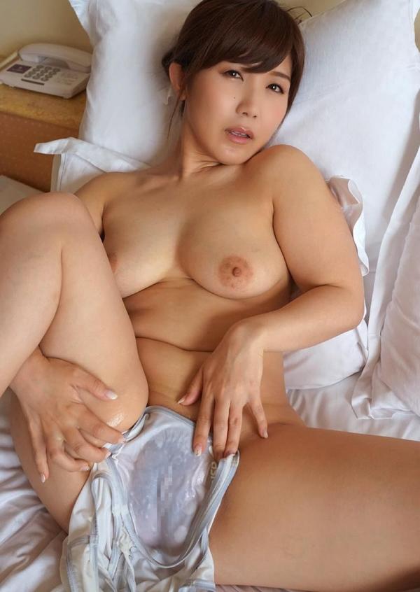 美泉咲 肉感ボディのスケスケ水着ヌード画像40枚の032枚目