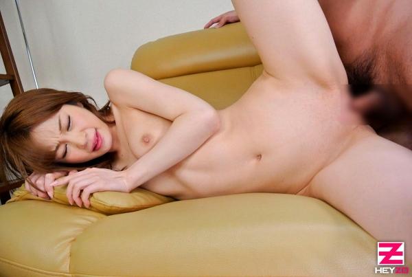 水玉レモン(瑞乃れもん)白肌淫乱スレンダー美人エロ画像24枚の1