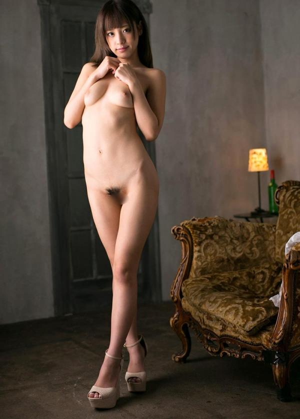 桃乃木かな 陥没乳首の接写などヌード画像60枚の036枚目