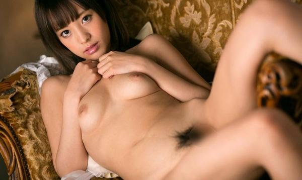 桃乃木かな 陥没乳首の接写などヌード画像60枚の1
