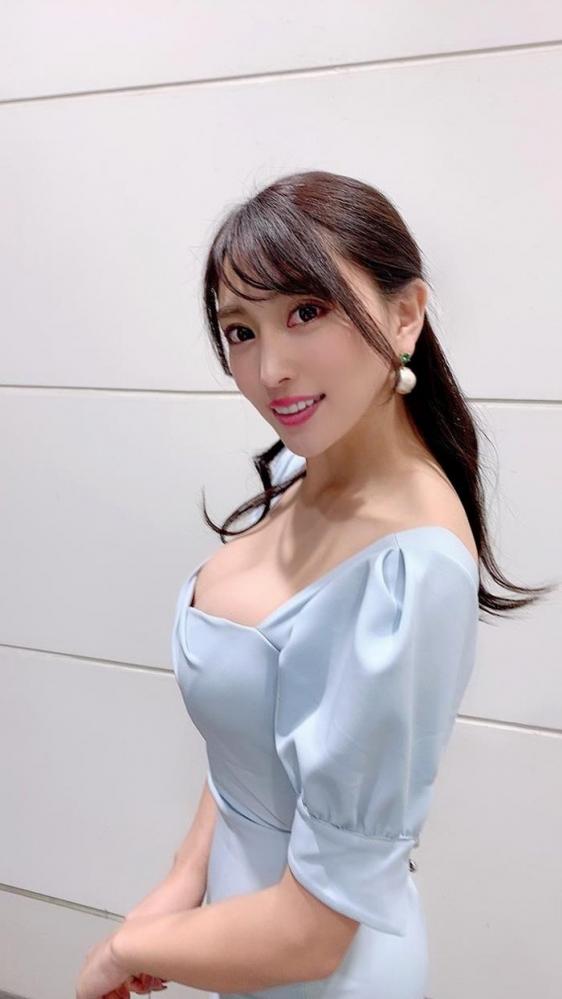 どエロいお姉さん、森咲智美が『グラビア・オブ・ザ・イヤー』2連覇a32枚目