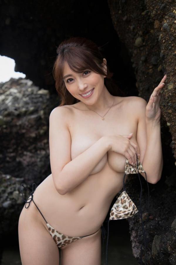 どエロいお姉さん、森咲智美が『グラビア・オブ・ザ・イヤー』2連覇a35枚目