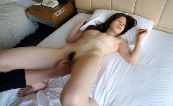 諸星エミリー(星井笑)白肌Gカップ巨乳美女エロ画像100枚の064枚目