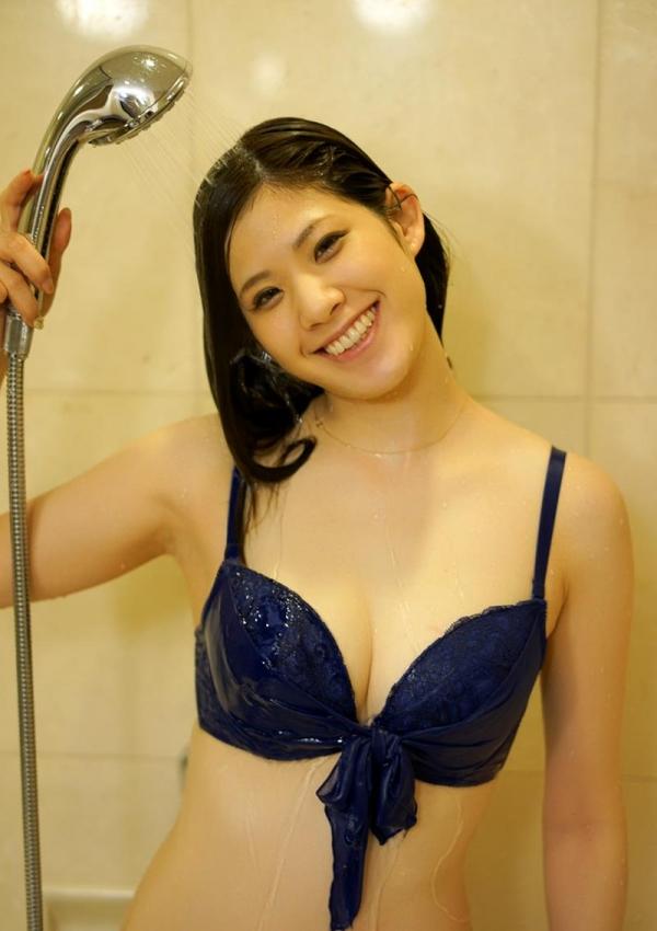 諸星エミリー(星井笑)白肌Gカップ巨乳美女エロ画像100枚の097枚目