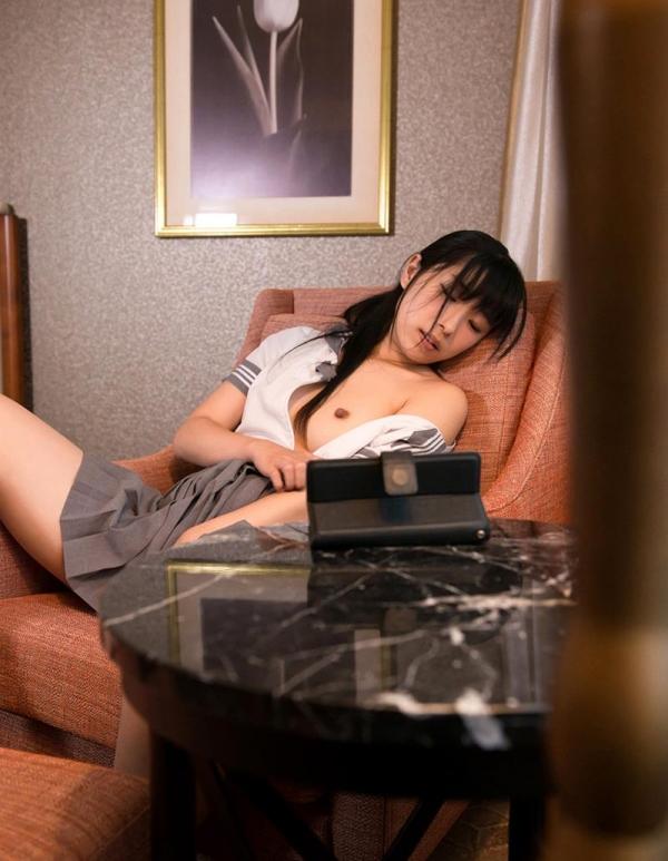 永井みひな 女子校生コスプレ制服エロ画像64枚のa028枚目