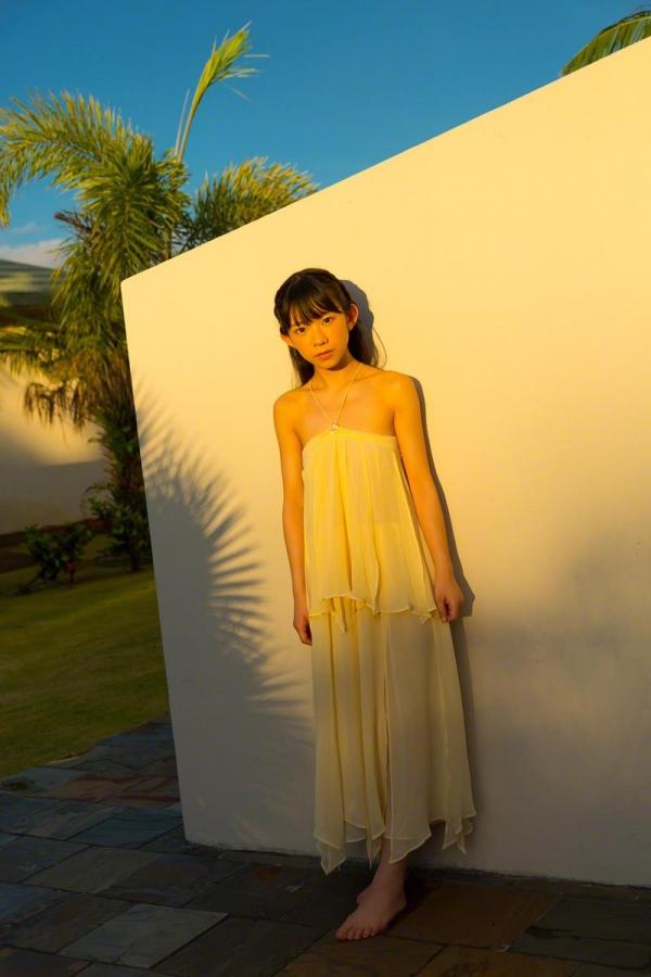 長澤茉里奈(ながさわまりな)合法ロリ美少女の危ない水着エロ画像100枚の013枚目