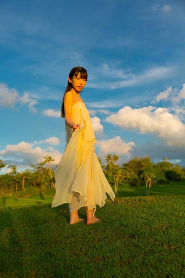 長澤茉里奈(ながさわまりな)合法ロリ美少女の危ない水着エロ画像100枚の017枚目