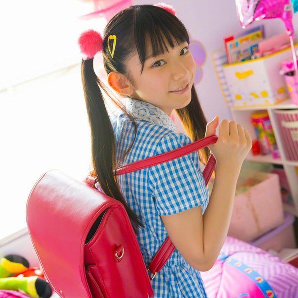長澤茉里奈(ながさわまりな)合法ロリ美少女の危ない水着エロ画像100枚の1