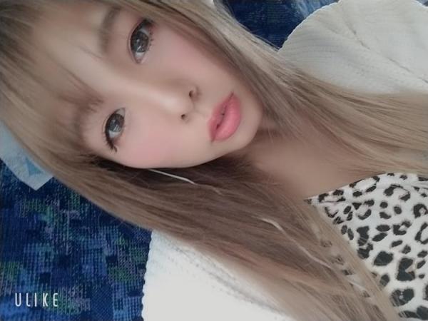 永瀬愛菜 Hカップ巨乳のギャル系美少女エロ画像50枚のa06枚目