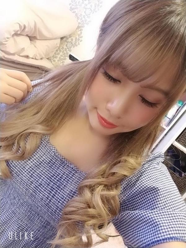 永瀬愛菜 Hカップ巨乳のギャル系美少女エロ画像50枚のa15枚目