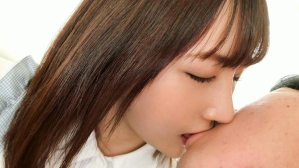 凪乃ゆいり(なぎのゆいり)18歳の美巨乳娘 初イキエロ画像45枚のb017枚目