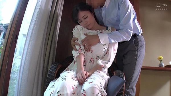 爆乳若妻と行く中出し人妻不倫旅行のエロ画像84枚のc002枚目