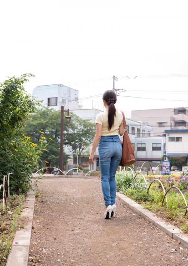 童貞食いの貧乳熟女筆おろし画像 中島京子110枚の008枚目