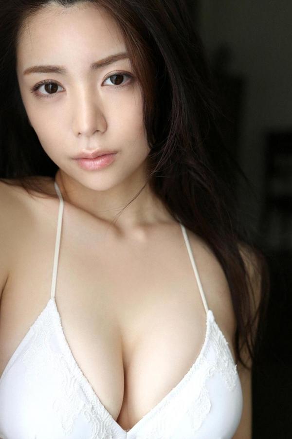 仲村美海の水着画像 美形で巨乳の逸材すぎるグラドル40枚の29枚目