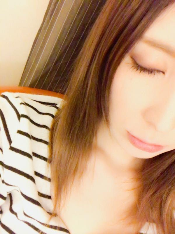 仲村みう ミステリアスな妖艶美女のエロ画像37枚のa03枚目
