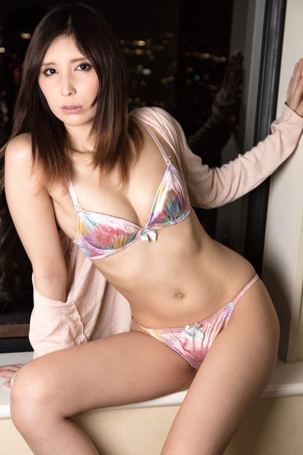 仲村みう ミステリアスな妖艶美女のエロ画像37枚のa07枚目