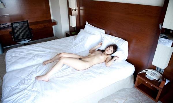 懐かしのエロス 中山エリス 茶色い瞳の美女セックス画像80枚の76枚目