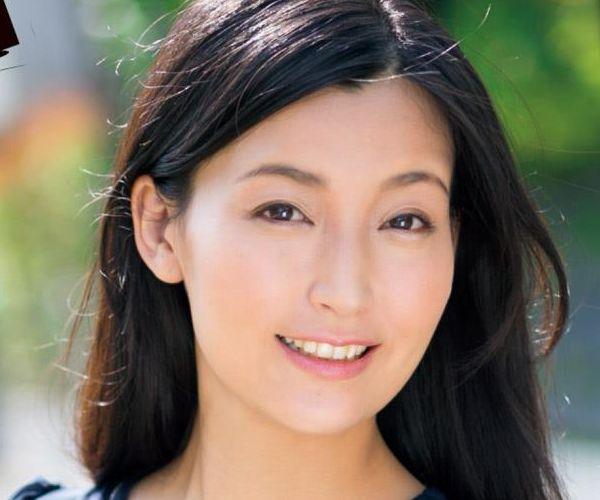 並木塔子(なみきとうこ)30代スレンダー美熟女エロ画像75枚の1
