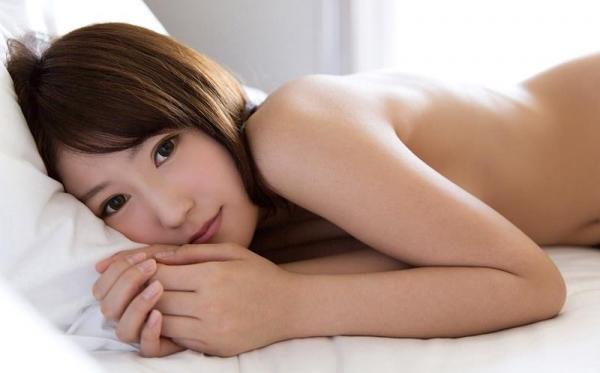 七瀬萌 清潔感溢れるスレンダー美人エロ画像53枚のb12枚目