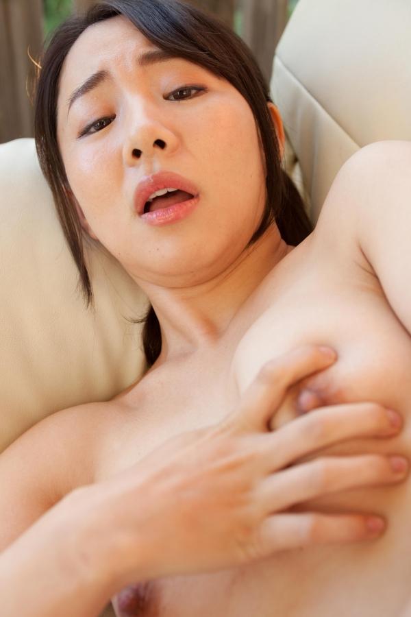 成宮いろは 巨尻のむっちり熟女ヌード画像80枚の49枚目