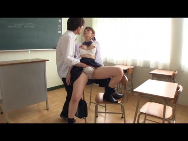 成宮りか ハーフのアイドル級美少女エロ画像42枚のc050番