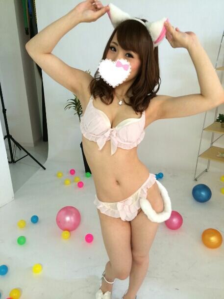 鳴美れい(鳴海れい)スレンダー美乳の秋田美人エロ画像90枚のa010枚目