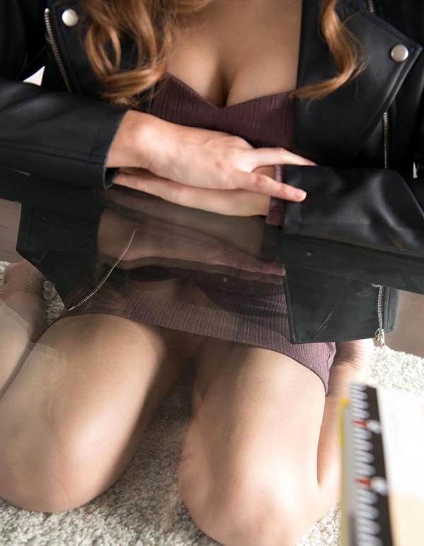夏希みなみ 美巨乳スリムな妖艶美女エロ画像110枚の017枚目